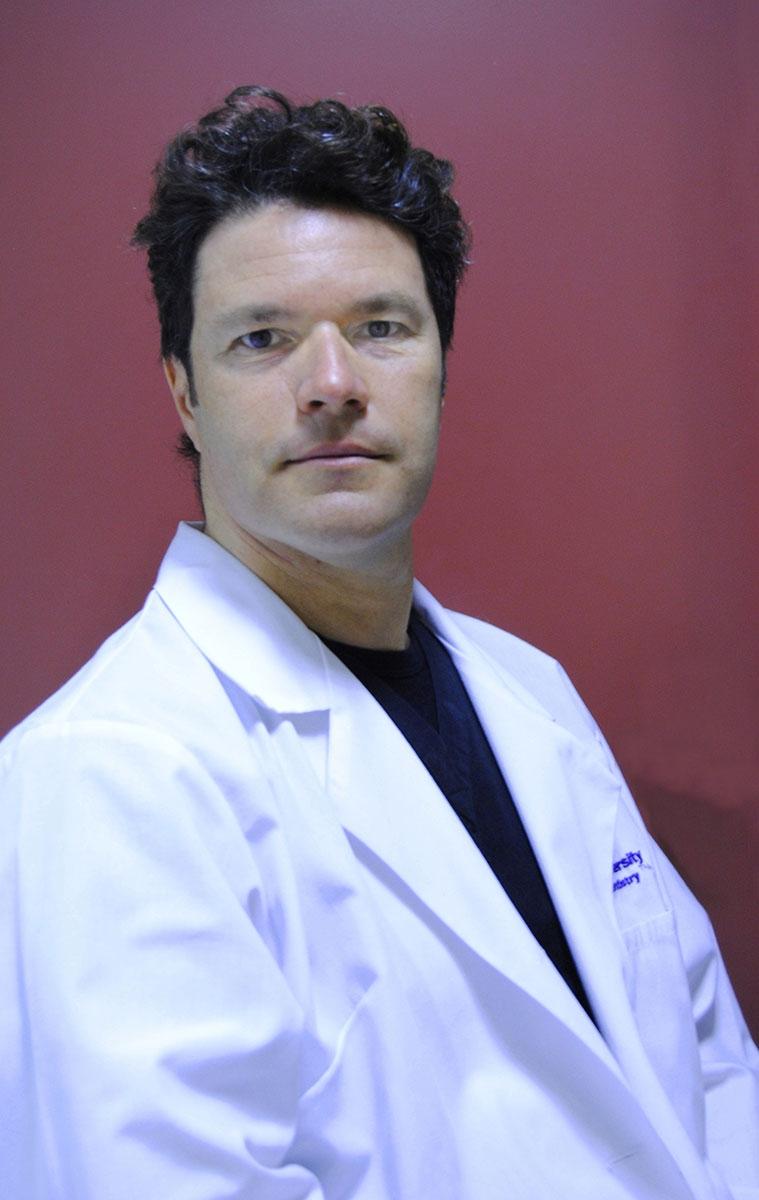Д-р Франческо Амато